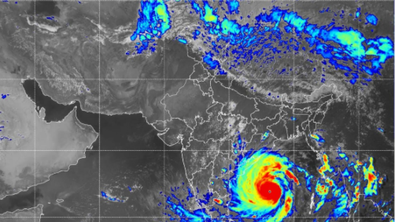Global warming and the intensity of cyclones
