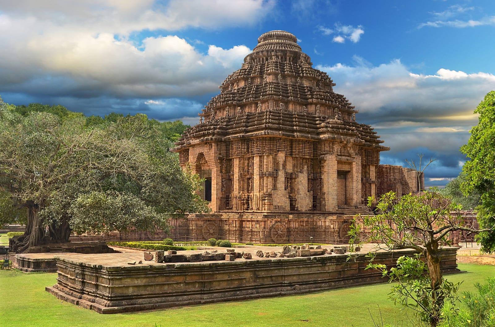 Odisha Calling: Temples, Tribes, Beaches & Wildlife